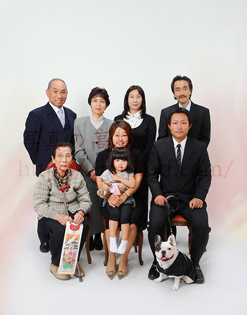 ご家族とフレンチブルドッグ